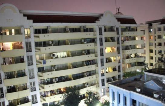 คอนโด แฟมิลี่ ปาร์ค ลาดพร้าว 48 [Family Park Condominium]